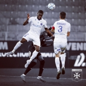 📸 Carlens Arcus, à nouveau solide samedi dernier 🔵⚪️ ▫️▫️▫️ #picoftheday #football #player #CarlensArcus #Arcus #haiti #haitian #aja #ajauxerre #TeamAJA #auxerre #fiersdetreauxerrois